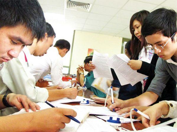 Các môn học cấp 3 gồm những môn nào? Chương trình môn học phổ thông