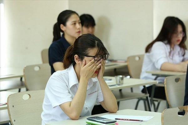 Đặc điểm tâm lý học sinh THPT? Tìm hiểu trầm cảm ở học sinh THPT