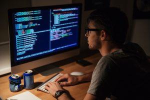 Nhu cầu tuyển dụng lập trình viên của các doanh nghiệp ngày càng cao
